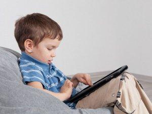 Влияние планшета на ребенка
