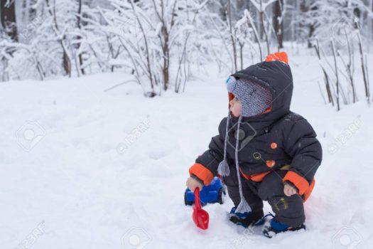 Зимние забавы для самых маленьких