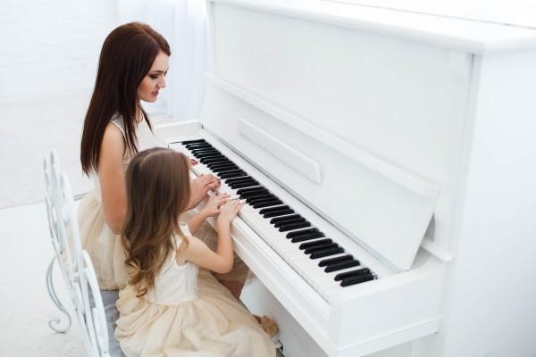 Упражнения для игры на пианино
